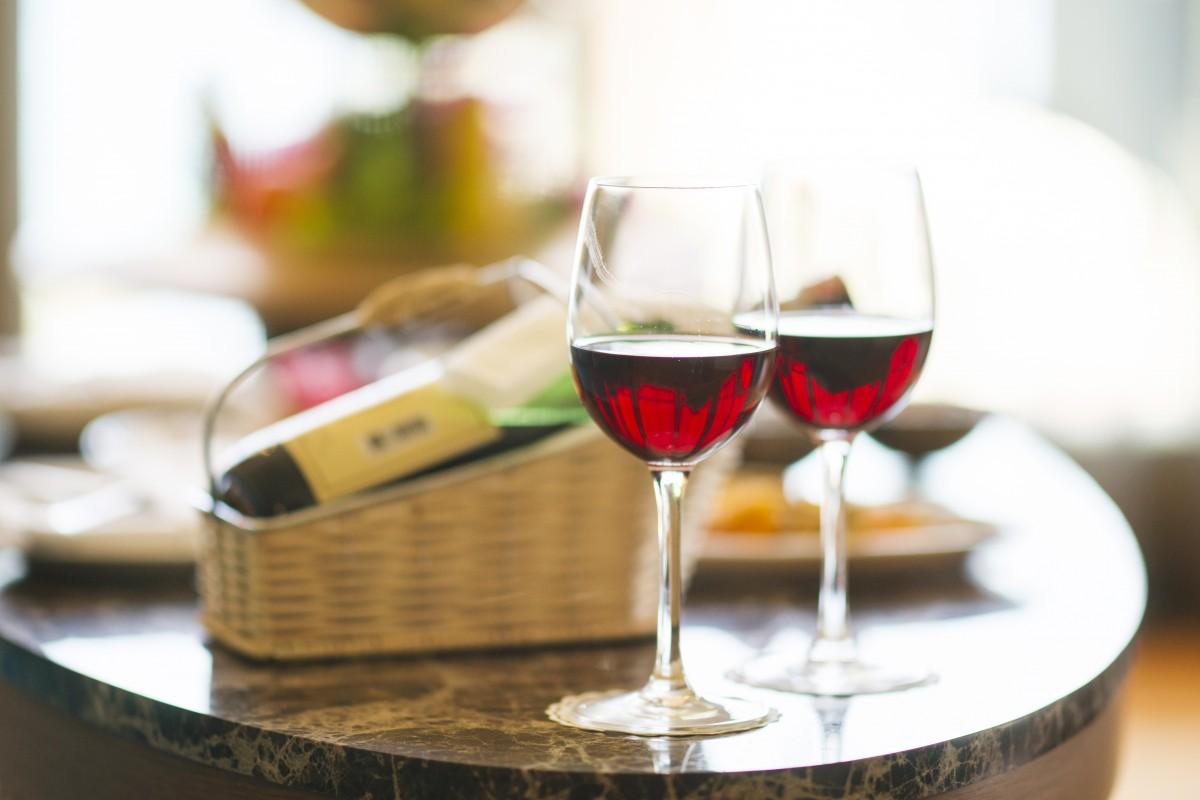 wine_red_dinner_hotel_holiday_celebration_happy_glass-1174808